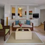 WESTIN PLAYA CONCHAL GOLF & SPA RESORT DELUXE JR SUIT KING OR 2 BEDS