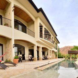 full-villa-exterior1255x520
