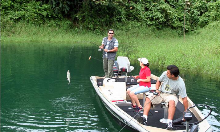 Arenal Fishing