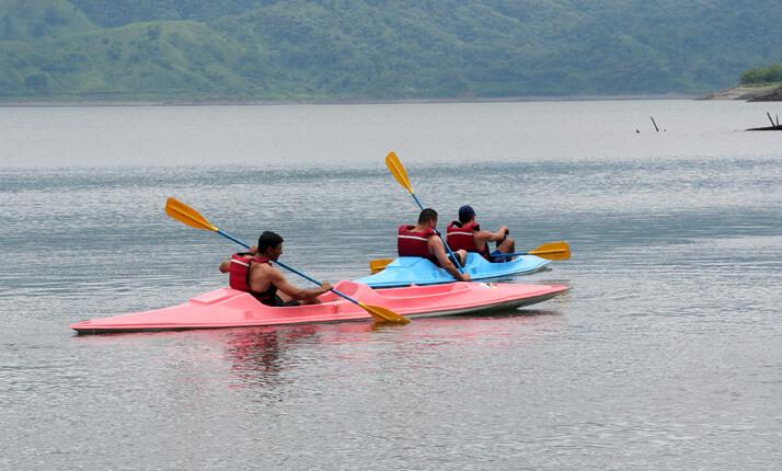 Arenal Kayaking fun