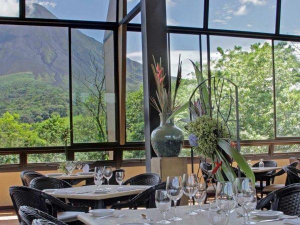 restaurant-view-arenal-kioro-suites-spa