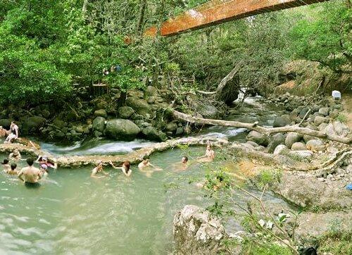 hacienda_guachipelin_rio_negro_hot_springs_mud_bathes