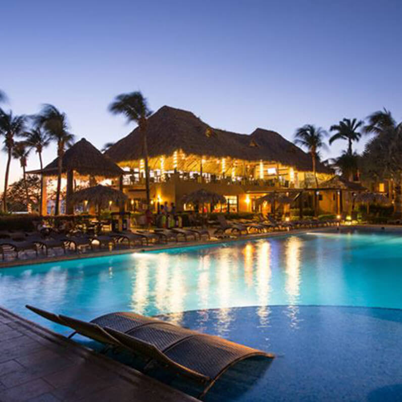 pool-at-sunset-in-Margaritaville-beach-resort-cost-rica 2